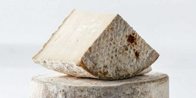 10 Tips for Aging Your Natural Rind Cheeses